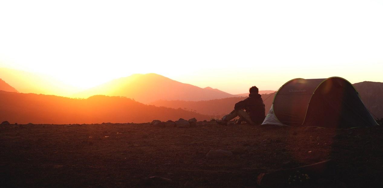 saga tente 2seconds quechua