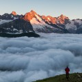 solitude sur une mer de nuages