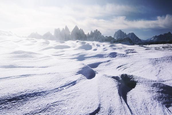 photographies de montagnes enneigées