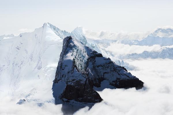 montagnes et ombres