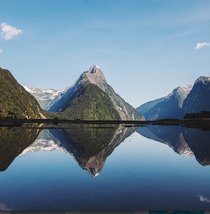 Milford Sound, NZ by lebackpacker