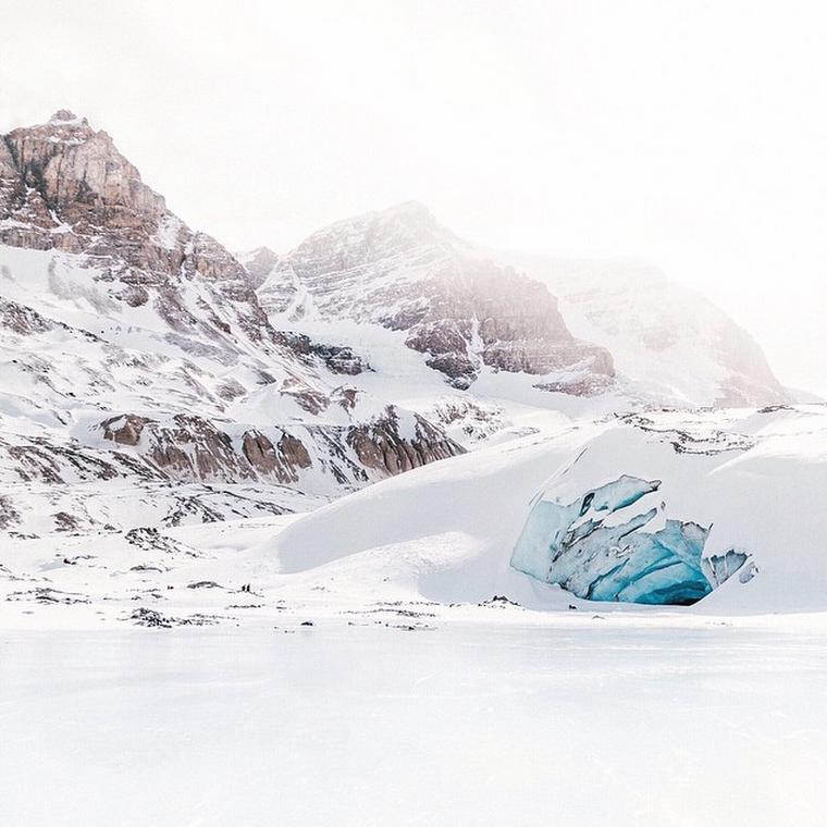 Chris Amat Christopheramat - Athabasca Glacier
