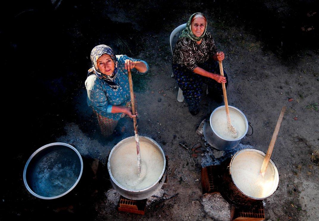Hakan Yayla - Izmir Turkey - smithsonian photo contest